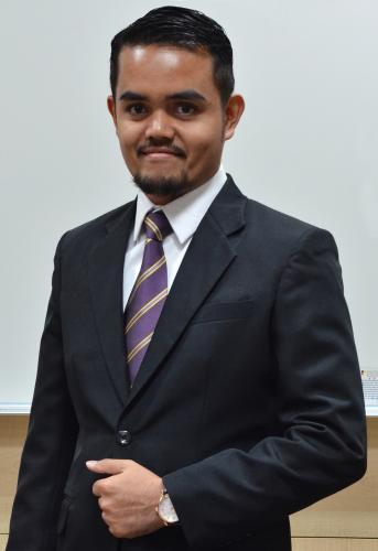 Encik Muhammad Fariz Bin Ahmad Ali